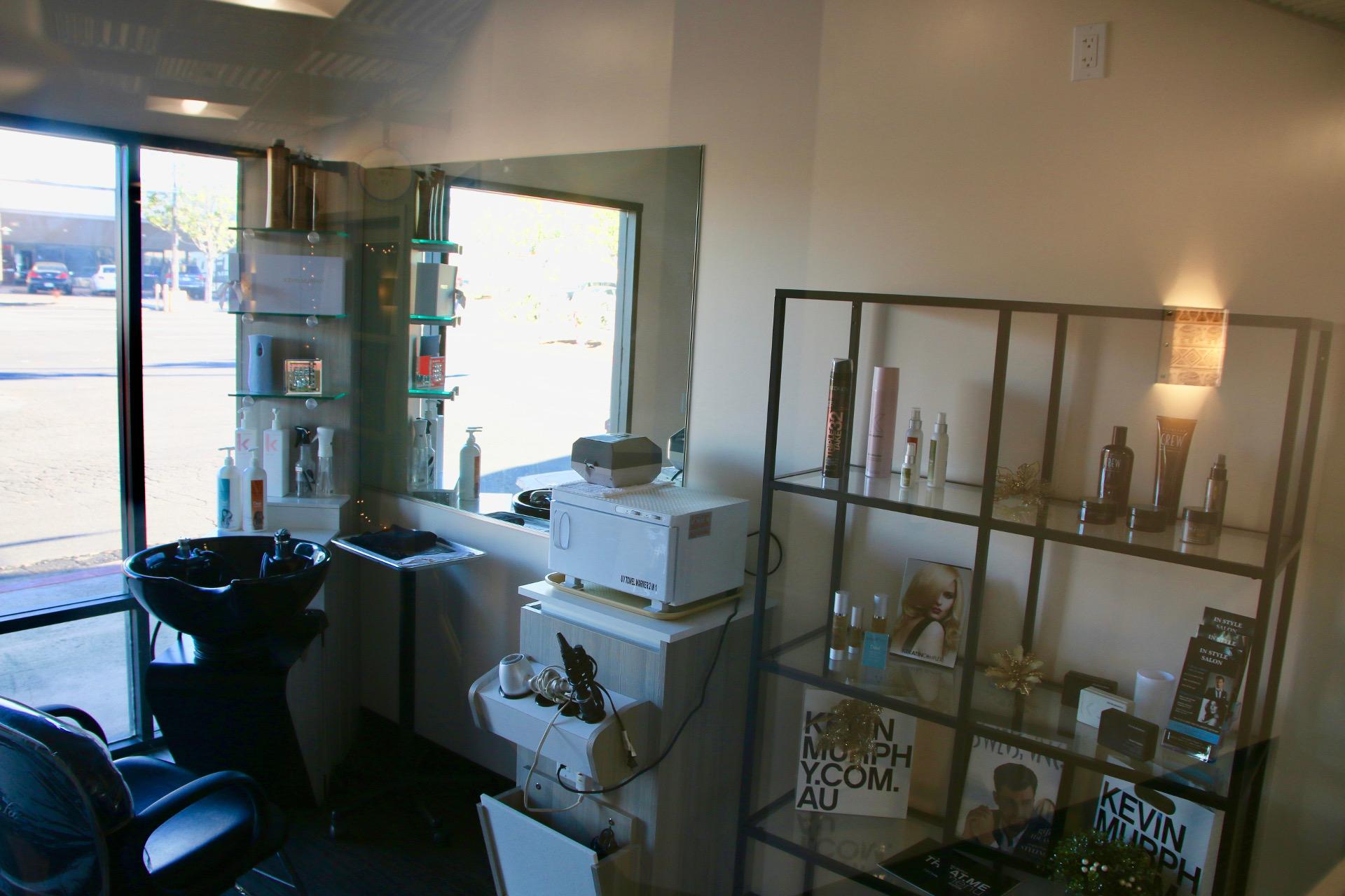 Sola Salon Studios  U2013 Platinum X Construction